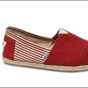 Toms Shoes - Toms Men s Classic Canvas Slip On Red Stripe 9.5 492a26376